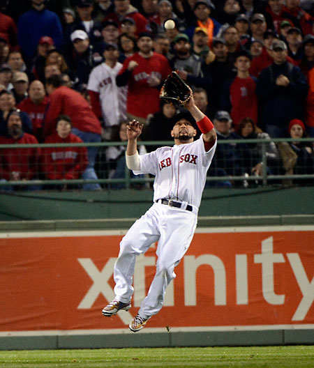 Victorino-Leap-Catch
